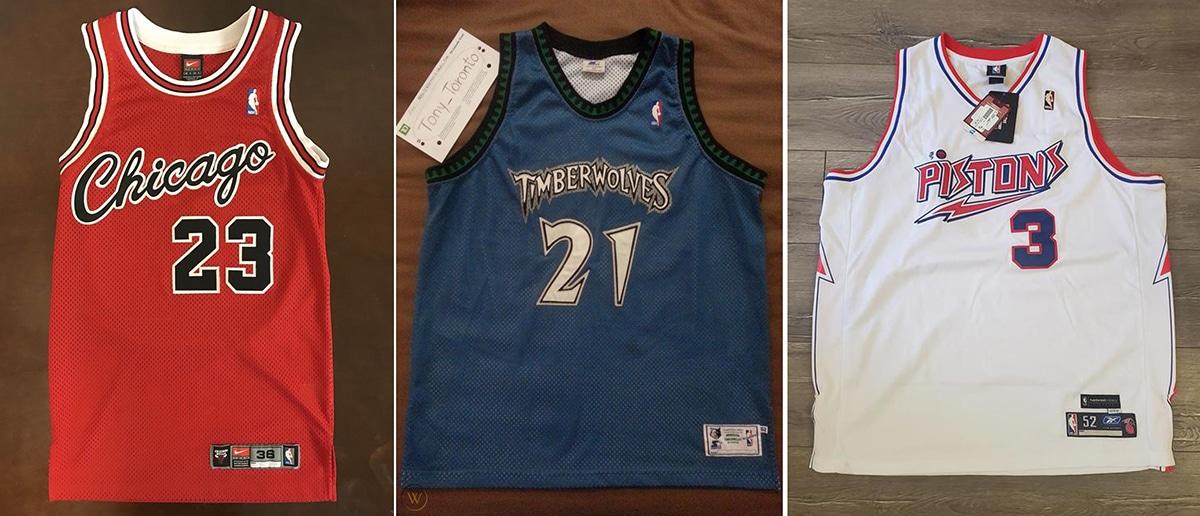 Ba mẫu đồng phục thi đấu chính thức tại NBA đến từ 3 thương hiệu khác nhau. Từ trái sang: Nike, Starter, Reebok